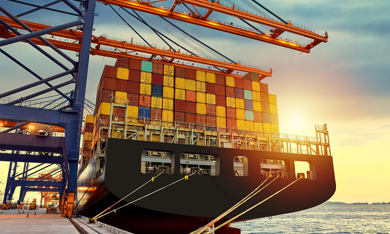 Our docker experience in building and delivering software projects